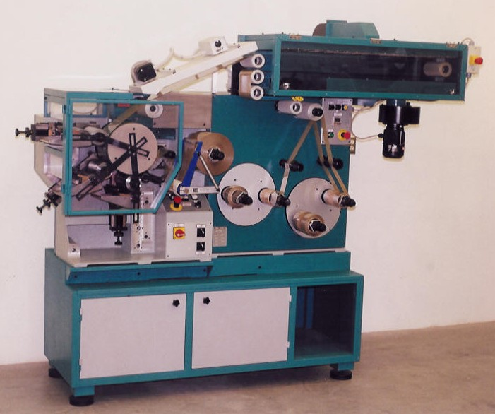 "L33/150 3-color, 6"" wide press"
